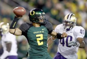 If Masoli is healthy, the Ducks will roll over the Huskies.